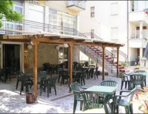 Hotel Moroni
